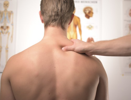 3 signs of a Frozen shoulder or adhesive capsulitis